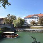 Poslovni prostor/lokal za najem ob Ljubljanici v središču Ljubljane